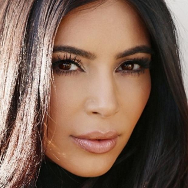 kim-kardashian-uses-Exilis-Elite-and-PRP