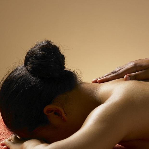 Valentine massage treatment