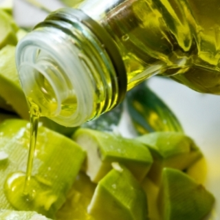 good fats avocado and olive oil -featured